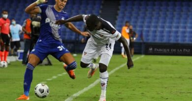 'Nos queda ese sinsabor de no haber logrado la victoria', dijo el entrenador de Emelec por el empate ante Liga de Quito en la LigaPro