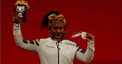 ¡PLATA PARA ECUADOR! Tamara Salazar ganó otra medalla en pesas en Tokio 2020